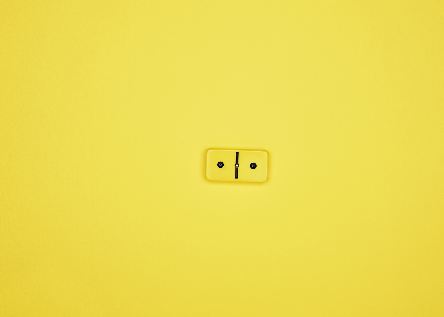 Domino_14964_Yellow_Single_R2_1430px