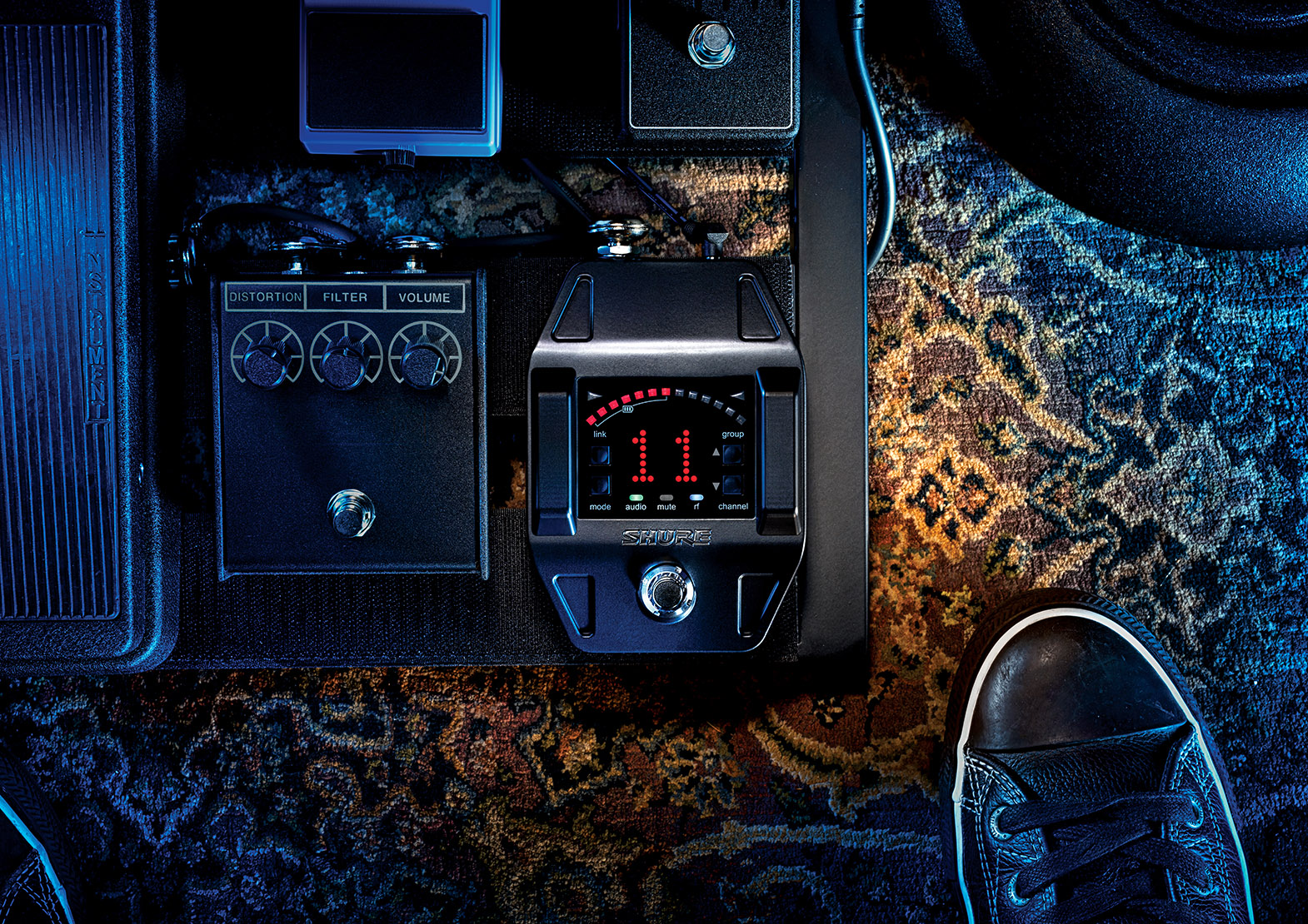 GLXD_Wireless_Guitar_Pedal_Beauty_Intensify_1200px