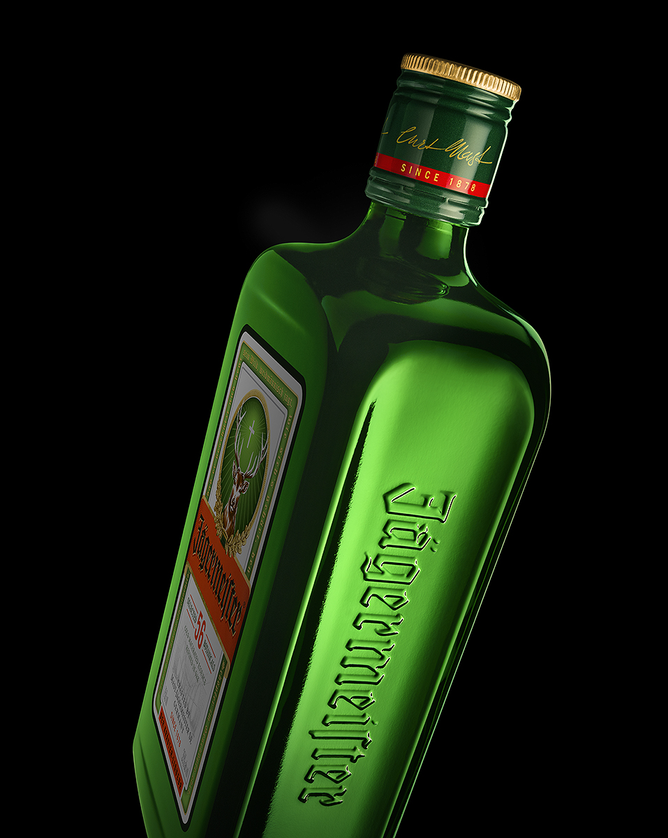 Jager_Bottle_Side_Logo_Vert-17degree_R5_1570px