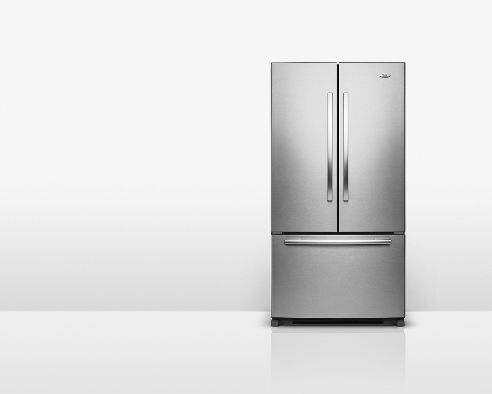 Stainless_Fridge_Front_R8-white_1570px